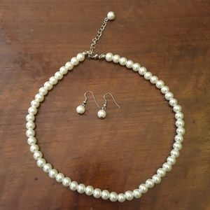 Faux white pearl necklace and earring set